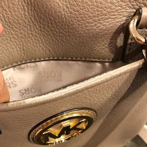 Michael Kors Bags - Michael Kors Flat Leather Open Top Crossbody Bag